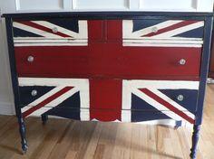 Super CHiC hand painted Union JACK English flag antique wood Dresser <3 <3 <3 <3