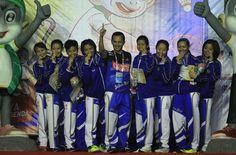 Tim Bulu Tangkis Beregu Putri Jabar berhasil meraih medali emas, tim DKI Jakarta meraih perak disusul tim Jateng dan Jatim meraih perunggu. #PON2016