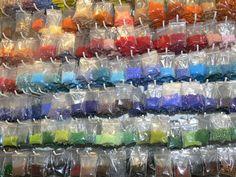 Varios tamaños y gran variedad de colores.0,70€ bolsa