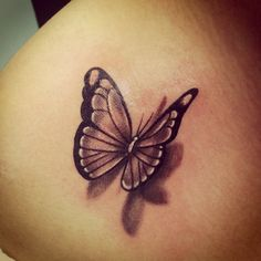 Meaning of butterfly tattoos and pictures of cute and small Butterfly Tattoo designs and images for on the wrist, shoulder, foot or lower back. Realistic Butterfly Tattoo, Butterfly Tattoo On Shoulder, Butterfly Tattoos For Women, Butterfly Tattoo Designs, White Butterfly Tattoo, Morpho Butterfly, Tattoo Shoulder, Blue Morpho, Kinderinitialen Tattoos