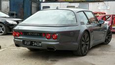 Jensen Interceptor - wrong but so right Jensen Interceptor, Lamborghini Concept, Good Looking Cars, Pretty Cars, Car Goals, Honda Odyssey, Mustang Cars, Fast Cars, Car Accessories