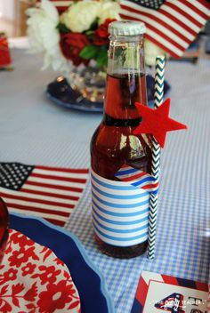of July Kids Table by The Party Teacher - use scrapbooking supplies to decorate your soda bottles Party Guests, I Party, Independence Day Wallpaper, Vanilla Bean Frosting, Tissue Garland, Teacher Party, Dessert Table Backdrop, Kid Table, 4th Of July Party