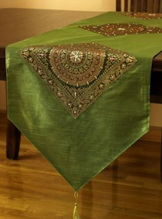Shop for exclusive table runners, placemats, throw pillow covers, and duvet cover sets from Banarsi Designs. Asian Table Runners, Quilted Table Runners, Burlap Table Runners, Bed Cover Design, Cushion Cover Designs, Cushion Covers, Ethnic Home Decor, Indian Home Decor, Decoraciones Eid