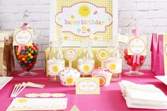 You are my sunshine party | CatchMyParty.com #sunshine #party