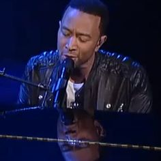 What girl wouldn't do for a man singing this to them!  a new standard for wedding songs!  John Legend Offers 'All of Me' on 'Letterman'