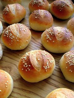 Snack Recipes, Cooking Recipes, Snacks, Picnic Birthday, Pan Bread, I Foods, Clean Eating, Rolls, Food And Drink