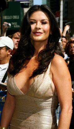 Catherine Zeta Jones erotic sexy photo gallery