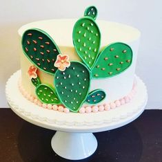 Is it too early for cactus cake? Pretty Cakes, Cute Cakes, Beautiful Cakes, Amazing Cakes, Kaktus Cupcakes, Cake Cookies, Cupcake Cakes, Cactus Cake, Bolo Cake