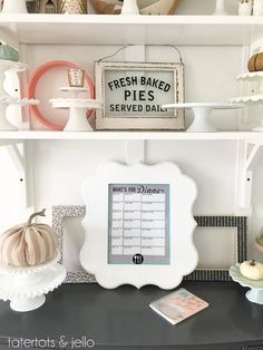 Back to School Printable: Dry Erase Menu Planner! Such a great way to get your kids involved in meal planning, too! -- Tatertots and Jello