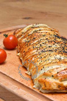 graines de pavot, tomates cerises, pâte feuilletée Zucchini, Evening Meals, Lactose Free, Biscuit Recipe, Bakery, Pizza, Pork, Turkey, Snacks