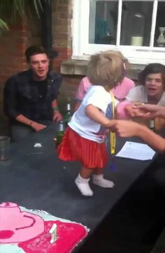 Harry Styles singing happy birthday song to Lux!