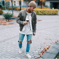 Check out @trillestoutfit Outfit by @diabetesmannens #mensfashion_guide #mensguide Tag @mensfashion_guide in your pictures for a chance to get featured.