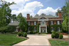 Things That Inspire: Painted brick houses - Architecture by Harrison Design Associates Georgian Architecture, Architecture Plan, Georgian Homes, Classic House, Traditional House, My Dream Home, Dream Homes, Exterior Design, Exterior Paint