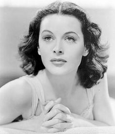 Google's Doodle today is for genius hottie Hedy Lamarr...inventor, and actress. #oldskoolhotties #blackandwhite