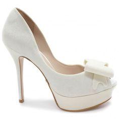f1f08b320a 12 incríveis imagens de Sapatos de Noiva Laura Porto