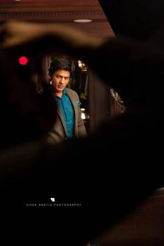 Behind the scenes of Shahrukh Khan's Filmfare shoot - Oneindia Gallery