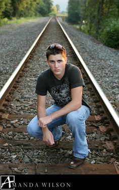 senior pictures railroad tracks
