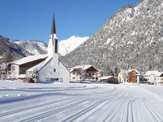 Cross-country skiing in Pertisau, Achensee - North of Tirol - Les Berlinettes Best Travel Sites, Travel Info, Best Places To Travel, Best Cities, Best Countries To Visit, Fun Places To Go, Cross Country Skiing, Travel Companies, Travel Tours