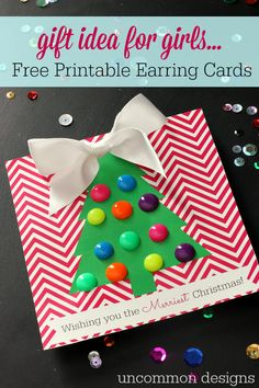Free Printable Earring Cards for Christmas.  Such a great gift ideas for girls!