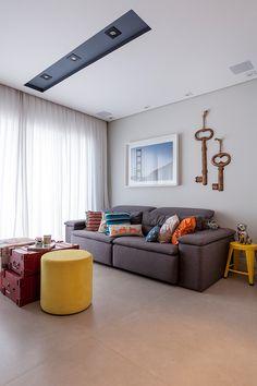 Sala. Produto Cerâmica Portinari. Coleção: Loft. Produto: Loft SGR. Projeto: Studio Conceptus - Fotos: Julia Ribeiro. Salas, Rooms
