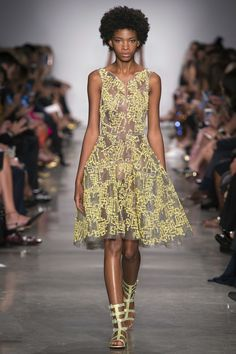 See the complete Zac Posen Spring 2017 Ready-to-Wear collection.