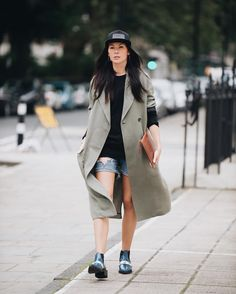Answered: Your Most Burning Questions About LFW {link in bio} #insidertips #JLuTips http://liketk.it/2pg3D @liketoknow.it #liketkit