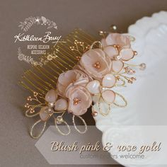 Bridal hair comb accessory with pale gold, rose gold and blush pink elements with combine perfectly for an overall rose gold tone. (silver option also available on check out) This hairpiece is sturdy and can be styled in many different ways. Perfect to be worn with a veil and