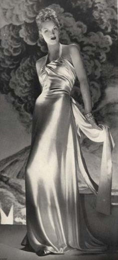 Photo by André Durst. Madeleine Vionnet, 1939.