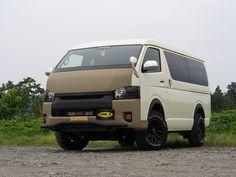 ハイエース200系 リフトアップ×LINE-Xカスタムデモカー Toyota HIACE WAGON GL