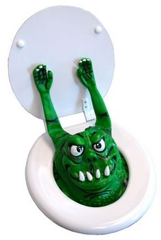 This Toilet Monster is shocking and funny! He attaches to the inside of the toilet bowl by suction cups. When the unsuspecting victim goes to use the bathroom, the Toilet Monster will scare the crap out of them - literally! Scary Pranks, Funny Pranks, Stupid Inventions, Funny Gags, Hilarious, It's Funny, Funny Jokes, Getting Him Back, Joke Gifts