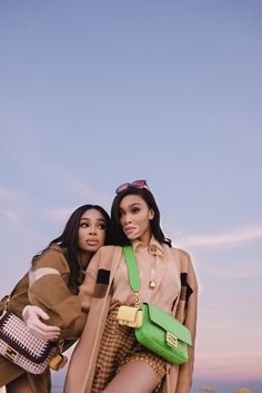 Photos of Fendi Bags Spring Summer 2020 campaign ad photo shoot Baguette Friends Forever with Winnie Harlow, Shannon Hamilton. Winnie Harlow, Baguette, Hamilton, Parisian Wardrobe, High Fashion Poses, Fashion News, Kids Fashion, Campaign Fashion, Next Top Model