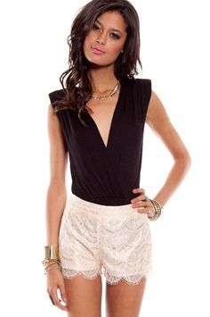 Cute top that will stay put.