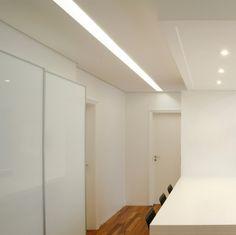 rasgos de iluminação: valorizando um corredor