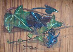 Lierre ,  aquarelle sur bois ,  j'aime l'effet de transparence Dragons, Plants, Ivy, Watercolor Painting, Woodwind Instrument, Plant, Kites, Planets