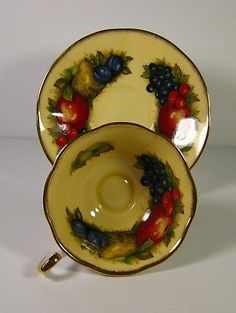 Queen's Fine Bone China Footed Teacup & Saucer Antique Fruit Series