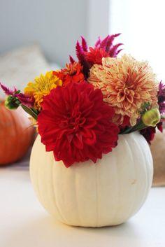 Easy Fall Pumpkin Centerpiece