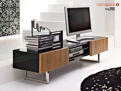 Mueble Tv-video de Calligaris  inspirado en los diseños de losaños 60. Aquí se habla de distintos tipos de muebles tv ¿Los conoces?