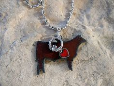 This 4H Show Steer Necklace by WhippoorwillValley would be so much fun to wear at the next stock show!