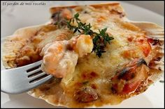Discover recipes, home ideas, style inspiration and other ideas to try. Seafood Recipes, Appetizer Recipes, Salad Recipes, Snack Recipes, Salty Foods, Tasty, Yummy Food, Food Decoration, Kitchen Dishes