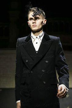 Alexander McQueen Menswear Fall Winter 2014 London - NOWFASHION