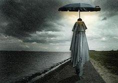 la fotografia surrealista di Ben Goossens