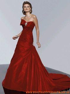 Sexy zauberhafte Brautmode aus Taft mit Schleppe Perlen verziert