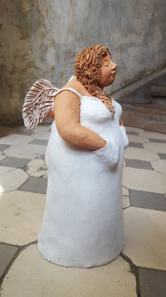 Excellent Absolutely Free Ceramics sculpture angel Tips Angel Standing I (white) – Paper Mache Sculpture, Sculptures Céramiques, Pottery Sculpture, Soft Sculpture, Ceramics Projects, Clay Projects, Pottery Angels, Plus Size Art, Ceramic Angels