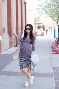 TIPS FOR WEARING NON-MATERNITY DRESSES