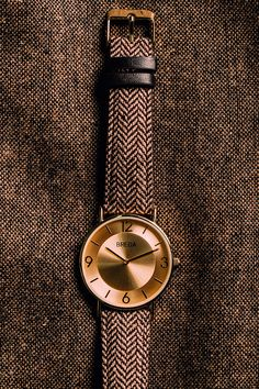 A classic fabric meets a modern face for a watch that's incredibly versatile. Wear it with everything from joggers to a suit.
