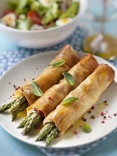 Croustillants aux asperges - Recette de cuisine Marmiton : une recette