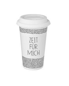 Wunderschöner Kaffeebecher zum Mitnehmen von der Firma Räder aus Porzellan in weiß mit schwarzer Aufschrift.  Die Firma Räder steht für bezaubernde Wohndekorationen und gutes Design. Die hochwertigen Produkte bestehen fast ausschließlich aus nachwachsenden Rohstoffen und es wird viel Wert auf Nachhaltigkeit und faire Produktionsbedingungen gelegt. Ob für Sie selbst oder zum Verschenken – lassen Sie sich von der Produktwelt von Räder verzaubern!