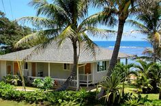 Hawaii House: perfect location for grilling outdoors. 2019 Hawaii House: perfect location for grilling outdoors. The post Hawaii House: perfect location for grilling outdoors. 2019 appeared first on House ideas. Beach Cottage Style, Coastal Cottage, Cottage Art, Coastal Living, Cottages By The Sea, Beach Cottages, Tiny Cottages, Hawaiian Homes, Hawaiian Home Decor
