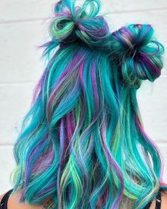 70 Hottest Color Hairstyles Trend In 2019 70 heißeste Farbe Frisuren Trend im Jahr 2019 This image has get Cute Hair Colors, Pretty Hair Color, Beautiful Hair Color, Hair Dye Colors, Rainbow Hair Colors, Rainbow Dyed Hair, Colourful Hair, Teal Hair, Hair Color Purple