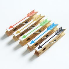 arrow clothes pins as office clips